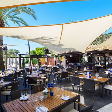 seafront dining marbella